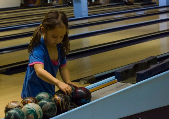 GG Glo-Bowling (2 of 6)